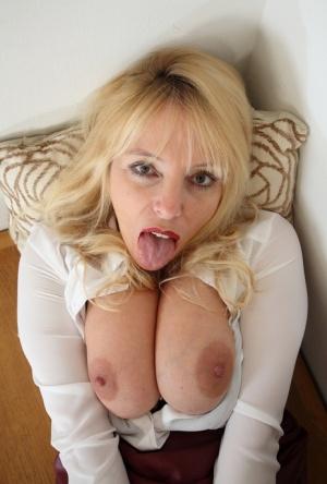 Mature Tongue Pics